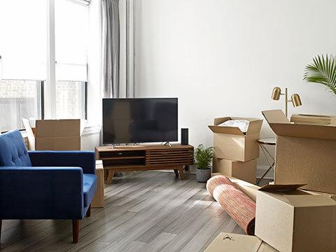 Storage unit benefits for moving and selling your home - Moving Homes - Home Sellers Winnipeg - Moving Boxes Winnipeg - Winnipeg Storage Units - StorageVille